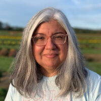Photo of Professor Elizabeth Amaya-Fernandez