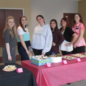 Photo of MU Students Participating in 2016 Student Employee Appreciation Bake Off