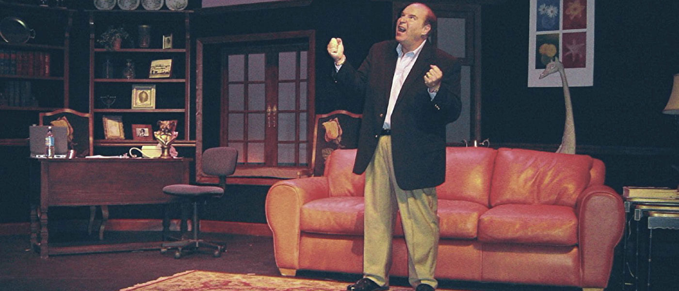 Photo of Steve Solomon performing a scene from the Broadway show My Mother's Italian, My Father's Jewish & I'm in Therapy