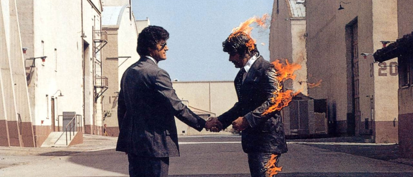 Photo Pink Floyd's album cover Wish You Were Here