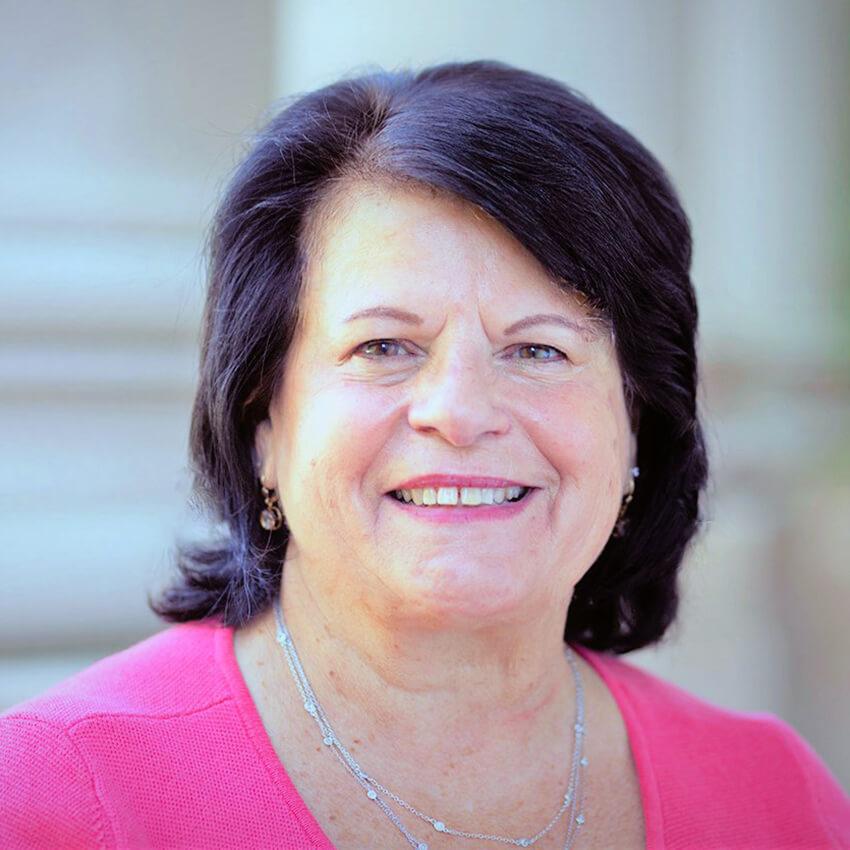 Photo of Dr. Rose Knapp