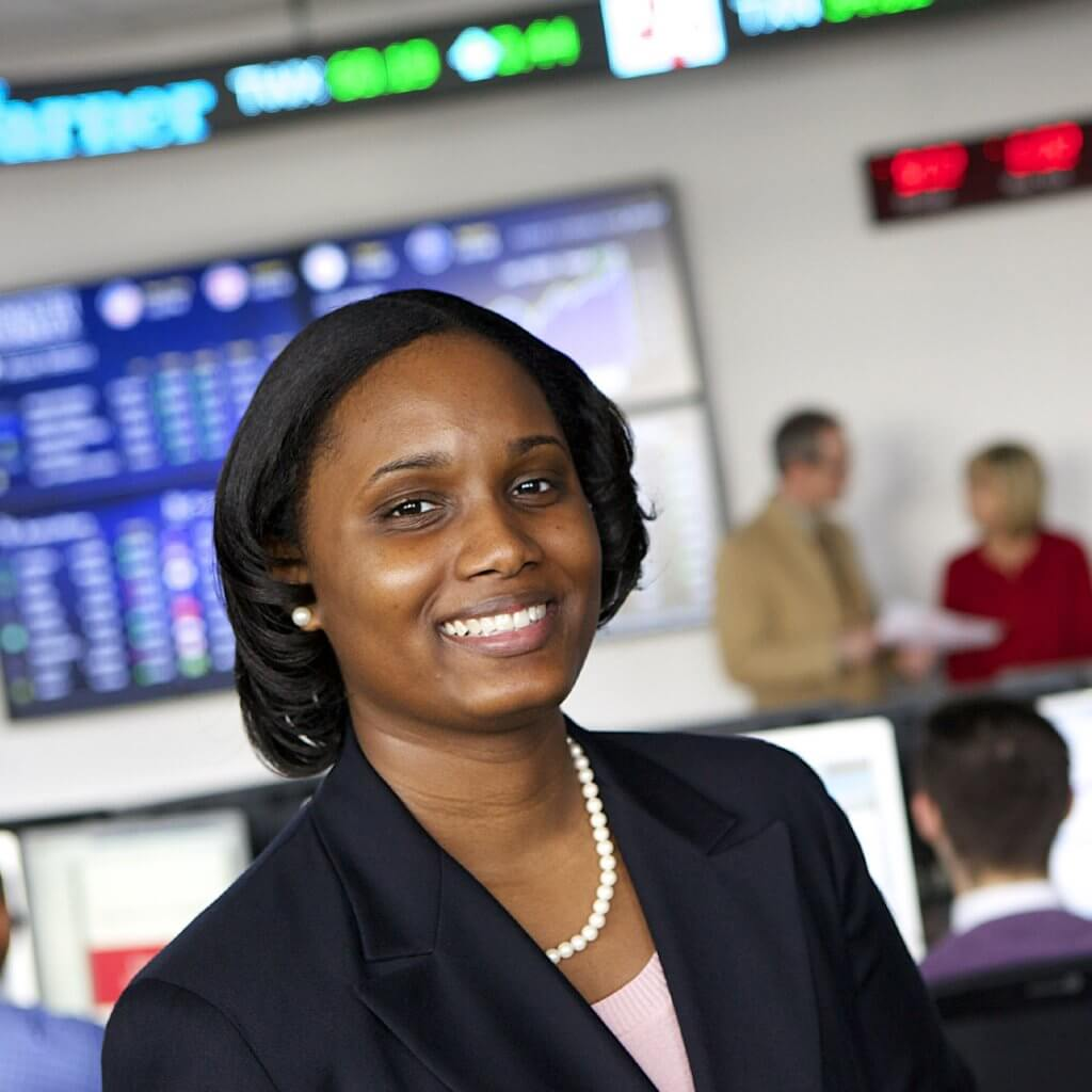 Student pursuing an MBA in Finance in our Financial Markets Lab