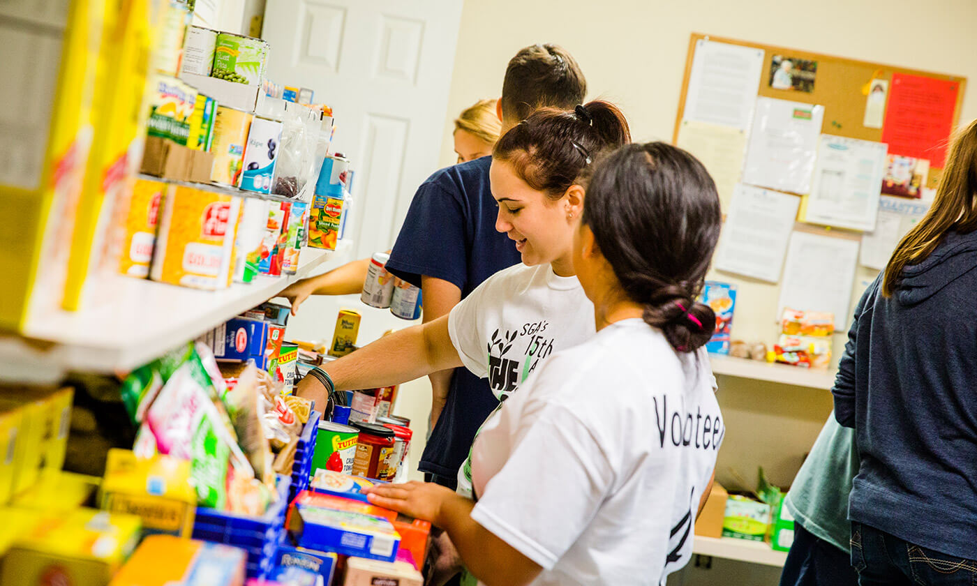students supporting local community through food donations