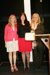 MONMOUTH U. EMPLOYEE RECEIVES COMMUNITY CHAMPION OF THE ARTS AWARD