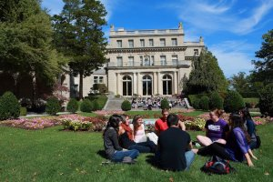 Monmouth University Names Presidential Search Committee