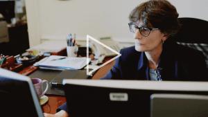 Meet the Dean: The Honors School's Dr. Nancy Mezey