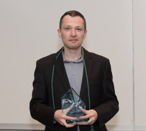 Business Professor Mikhail Sher Receives Bright Idea Award for Recent Publication