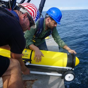 Watch: Monmouth, Rutgers Deploy Autonomous Gliders for Hurricane Research