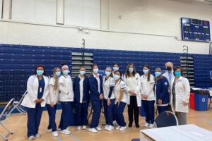 Nursing students help vaccinate