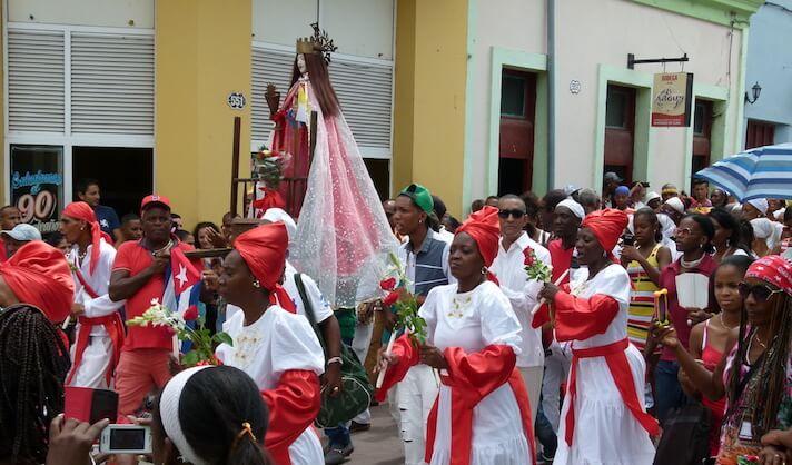Scene from a parade during the Festival del Caribe: Fiesta del Fuego