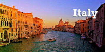 Scenic photo of Venice Italy canals - Click to view students' photo galleries