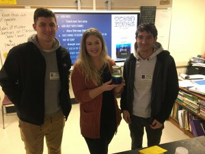 Monmouth students visit Rumson School for marine science lessons