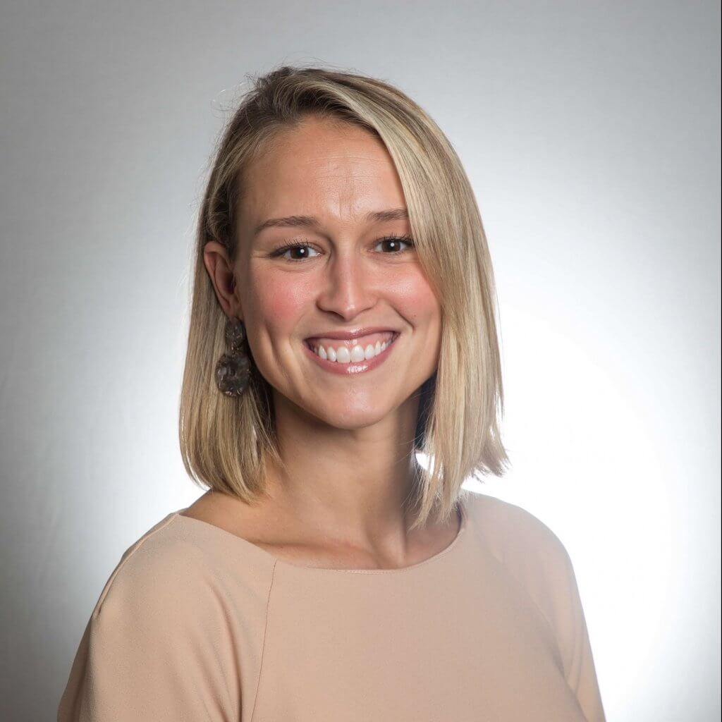 Amanda Klaus Headshot